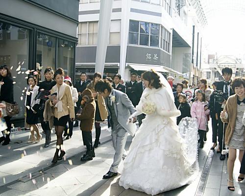 121216hanayome-parade3